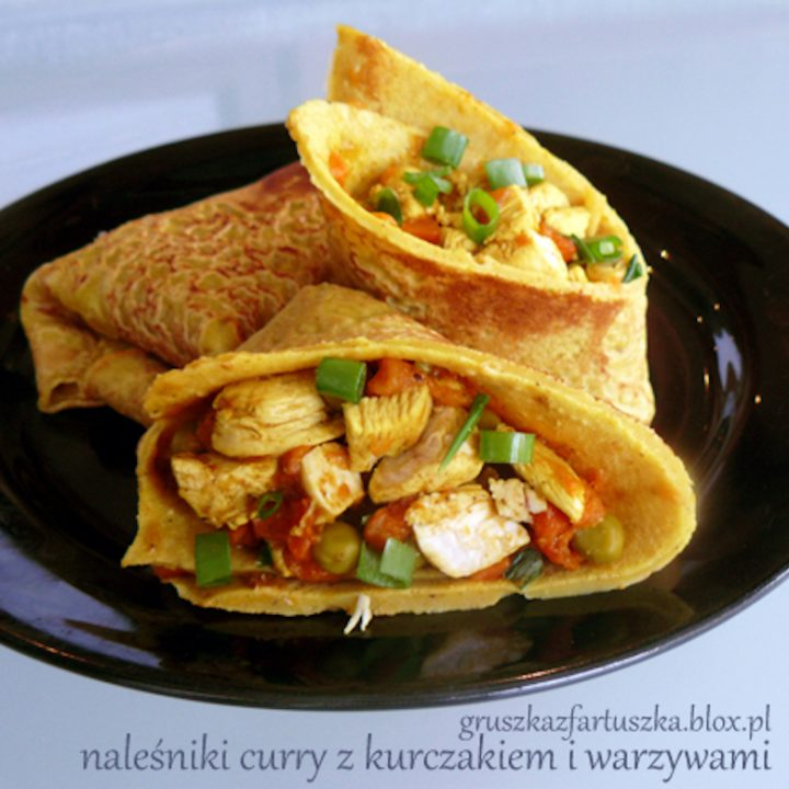 naleśniki curry z kurczakiem i warzywami