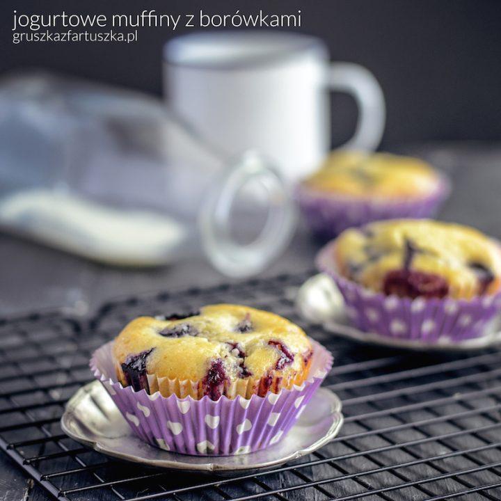 jogurtowe muffiny z borówkami