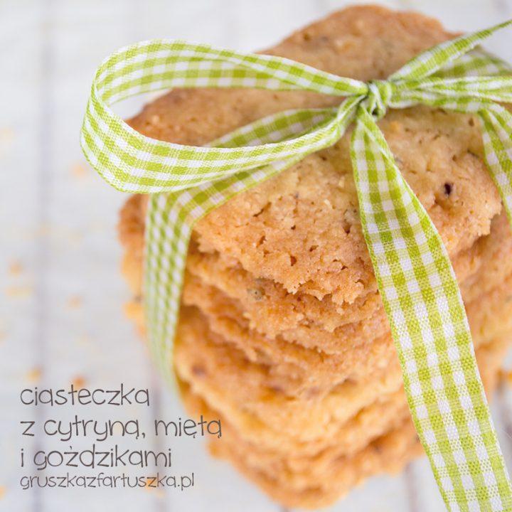 ciasteczka z cytryną, miętą i goździkami