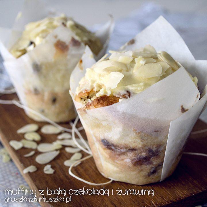 muffinki z żurawiną i białą czekoladą