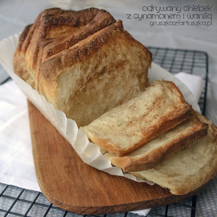 odrywany chlebek waniliowo-cynamonowy