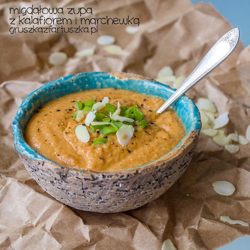 migdałowa zupa z kalafiorem i marchewką