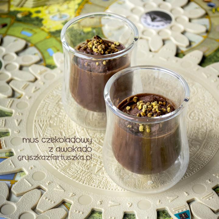 czekoladowy mus z awokado i