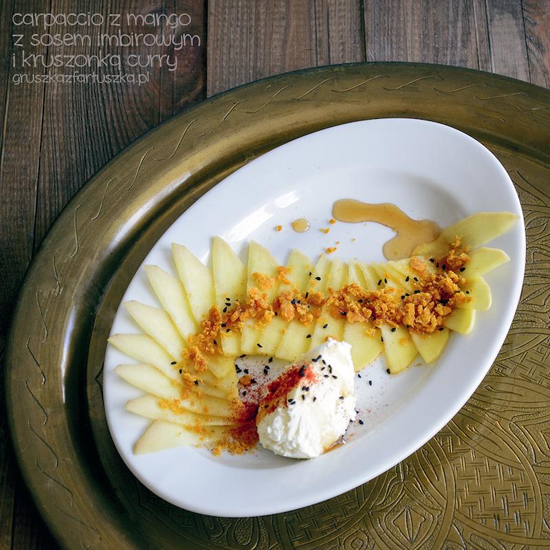 carpaccio z mango z sosem imbirowym i kruszonką curry