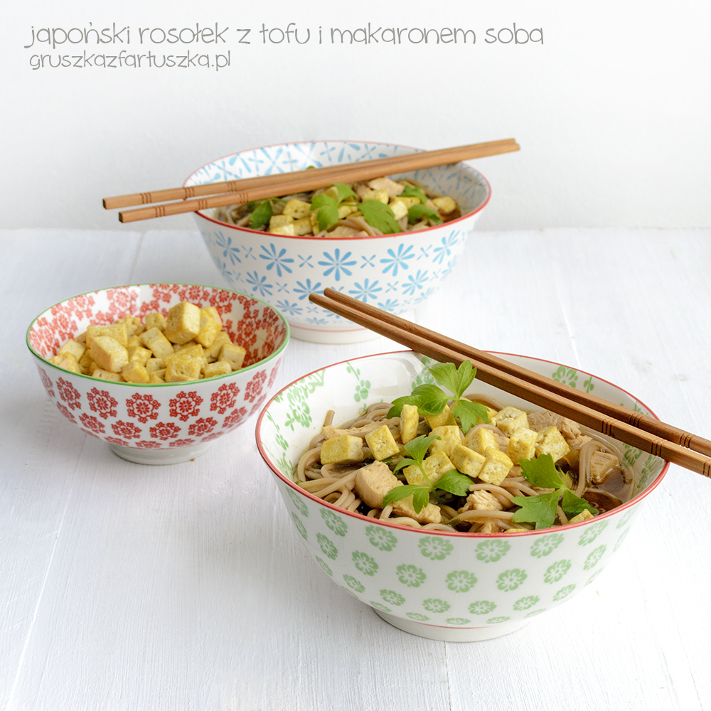 japoński rosołek z tofu i makaronem soba