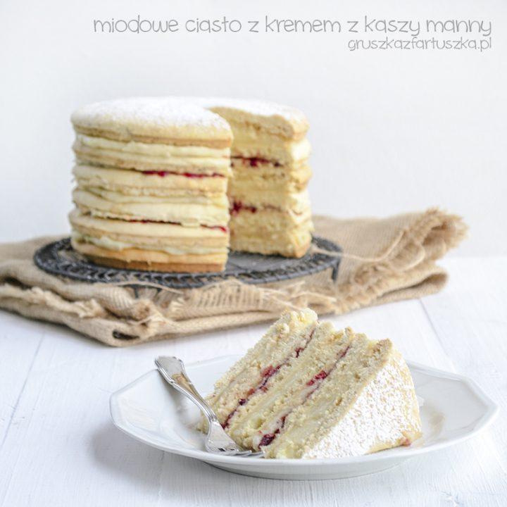 miodowe ciasto z kremem z kaszy manny