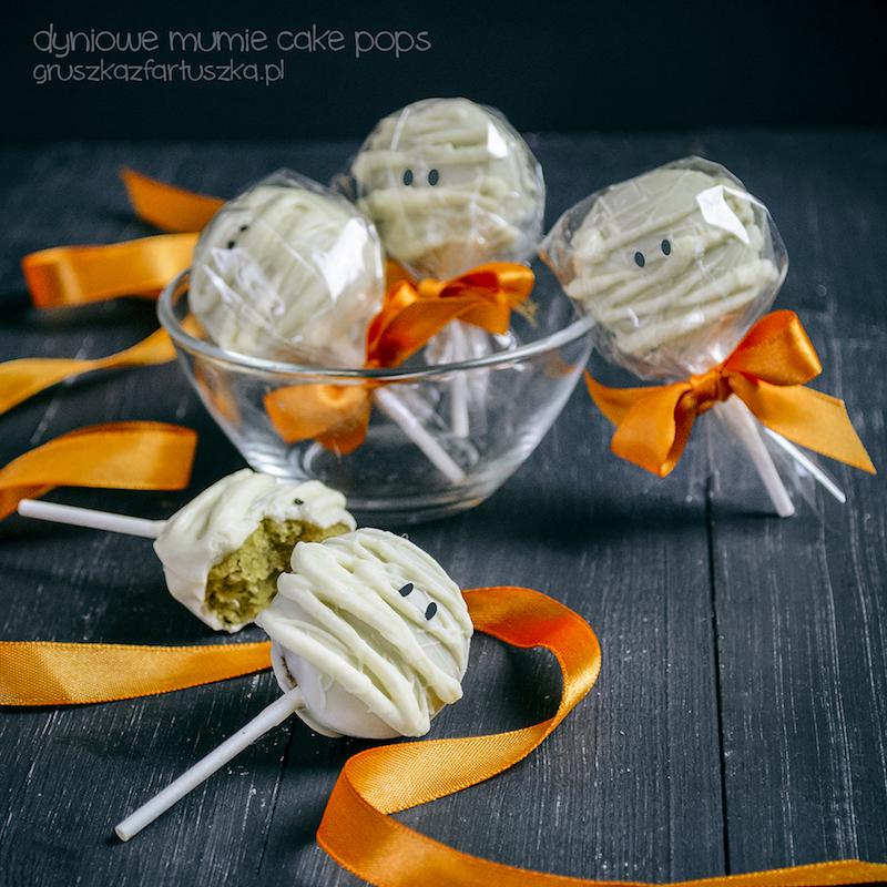 dyniowe mumie cake pops