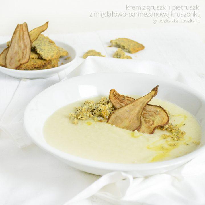 krem z gruszki i pietruszki z migdałowo-parmezanową kruszonką