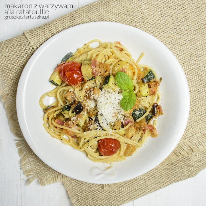 makaron z warzywami a'la ratatoullie