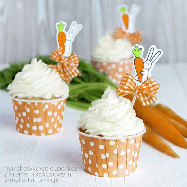marchewkowe cupcakes z kremem kokosowym