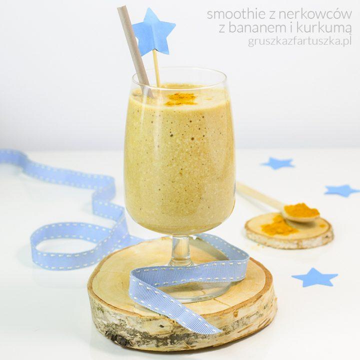 kremowe smoothie z nerkowców, banana i kurkumy