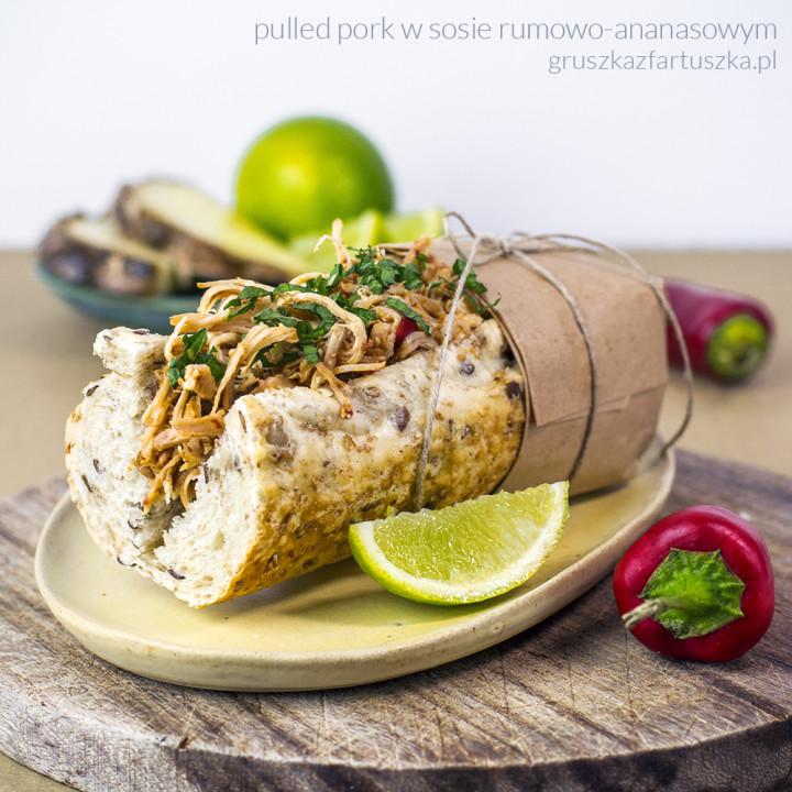 pulled pork w sosie rumowo-ananasowym