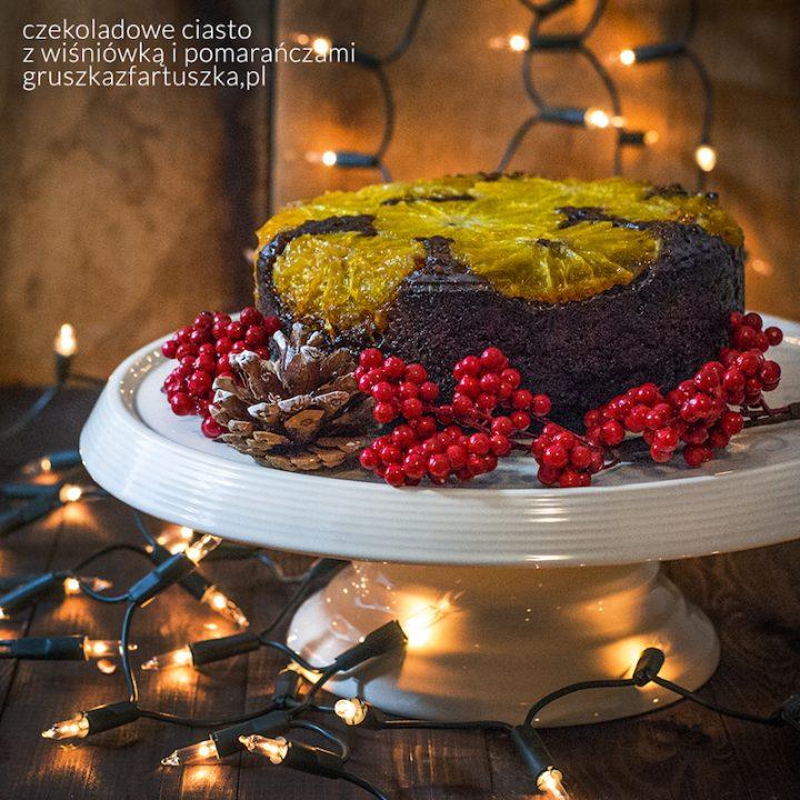 czekoladowe ciasto z wiśniówką i pomarańczami