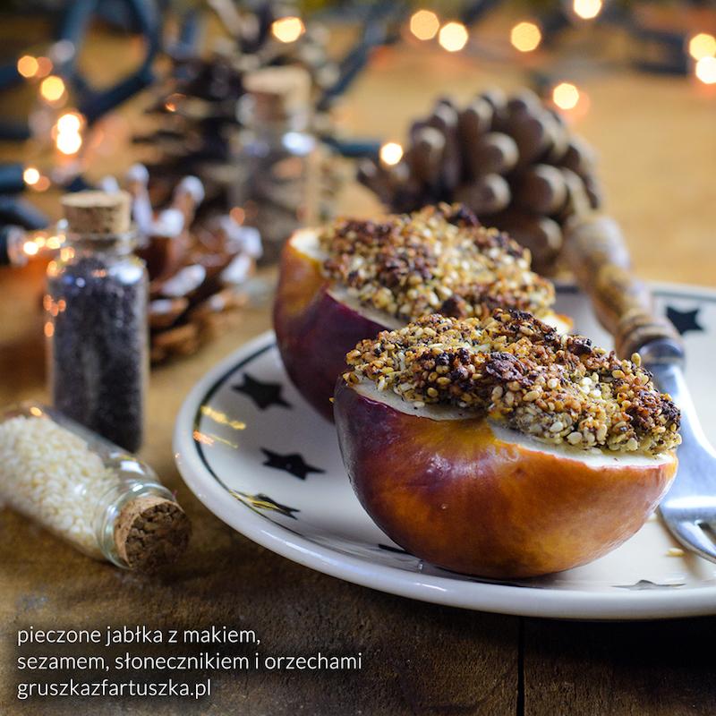 pieczone jabłka z makiem, sezamem, słonecznikiem i orzechami