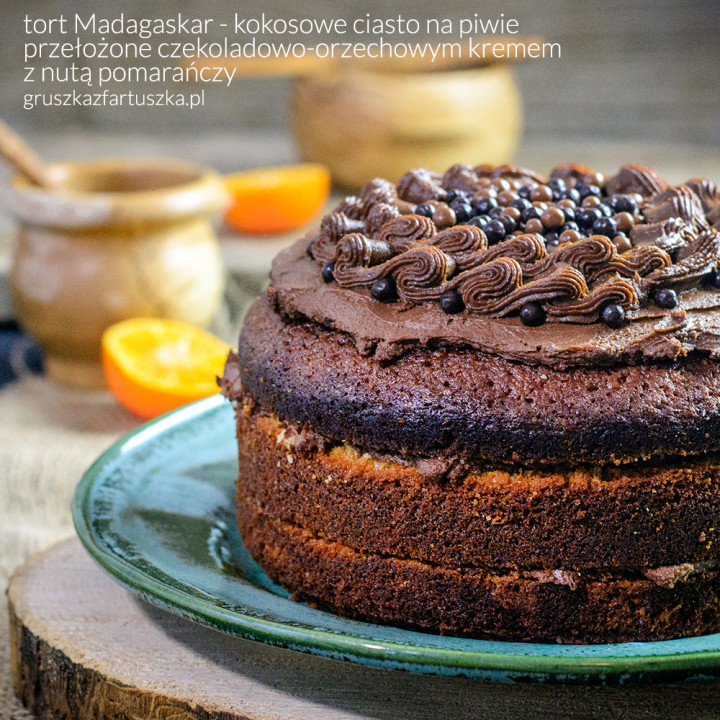 #gruszkawpiwie - tort Madagaskar - kokosowe ciasto na piwie z czekoladowo-orzechowym kremem z nutą pomarańczy
