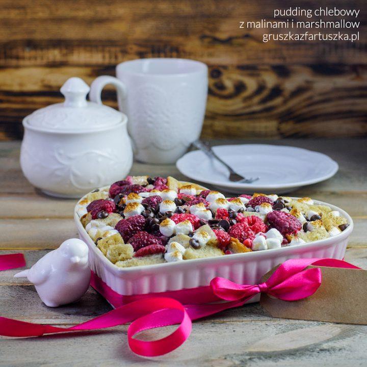 pudding chlebowy z malinami i marshmallow