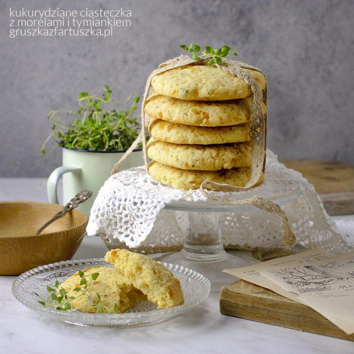kukurydziane ciasteczka z morelami i tymiankiem