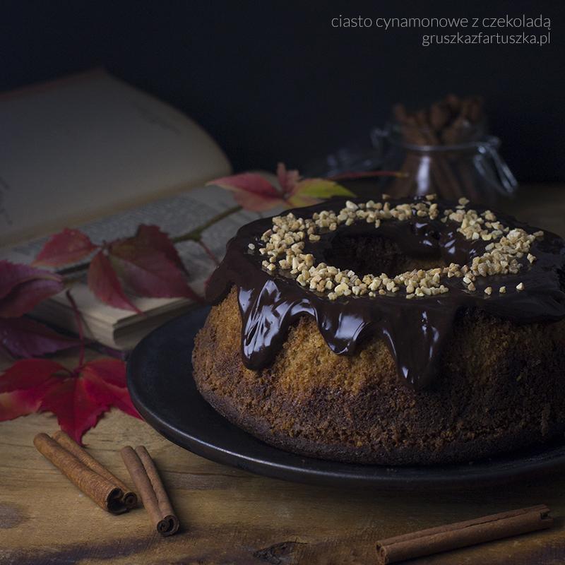 ciasto cynamonowe z czekoladą