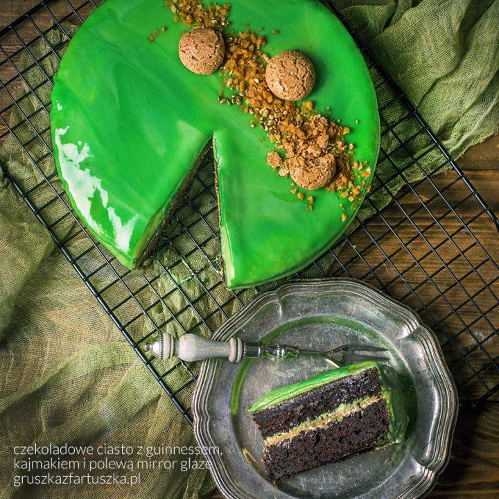 czekoladowe ciasto z guinnessem, kajmakiem i polewą mirror glaze