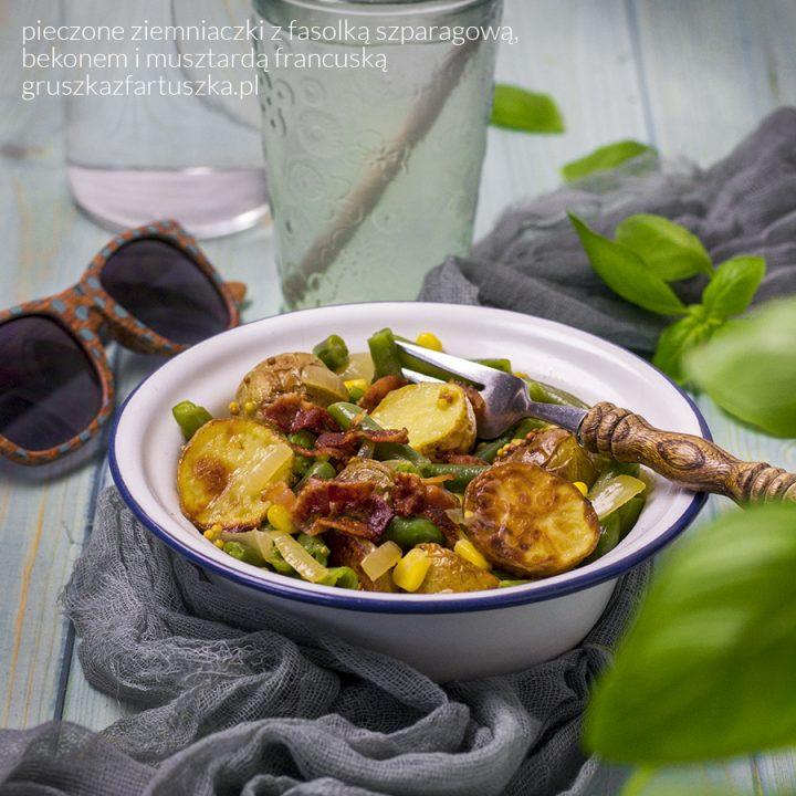 pieczone ziemniaczki z fasolką szparagową, bekonem i musztardą francuską